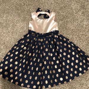 Girls size 6 super cute fancy dress